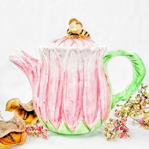 Flower Garden Ceramic Tea Pot with Cute Bee